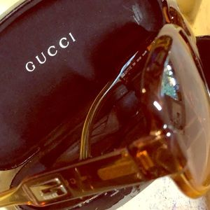 Gucci Vintage Brown Sunglasses with case
